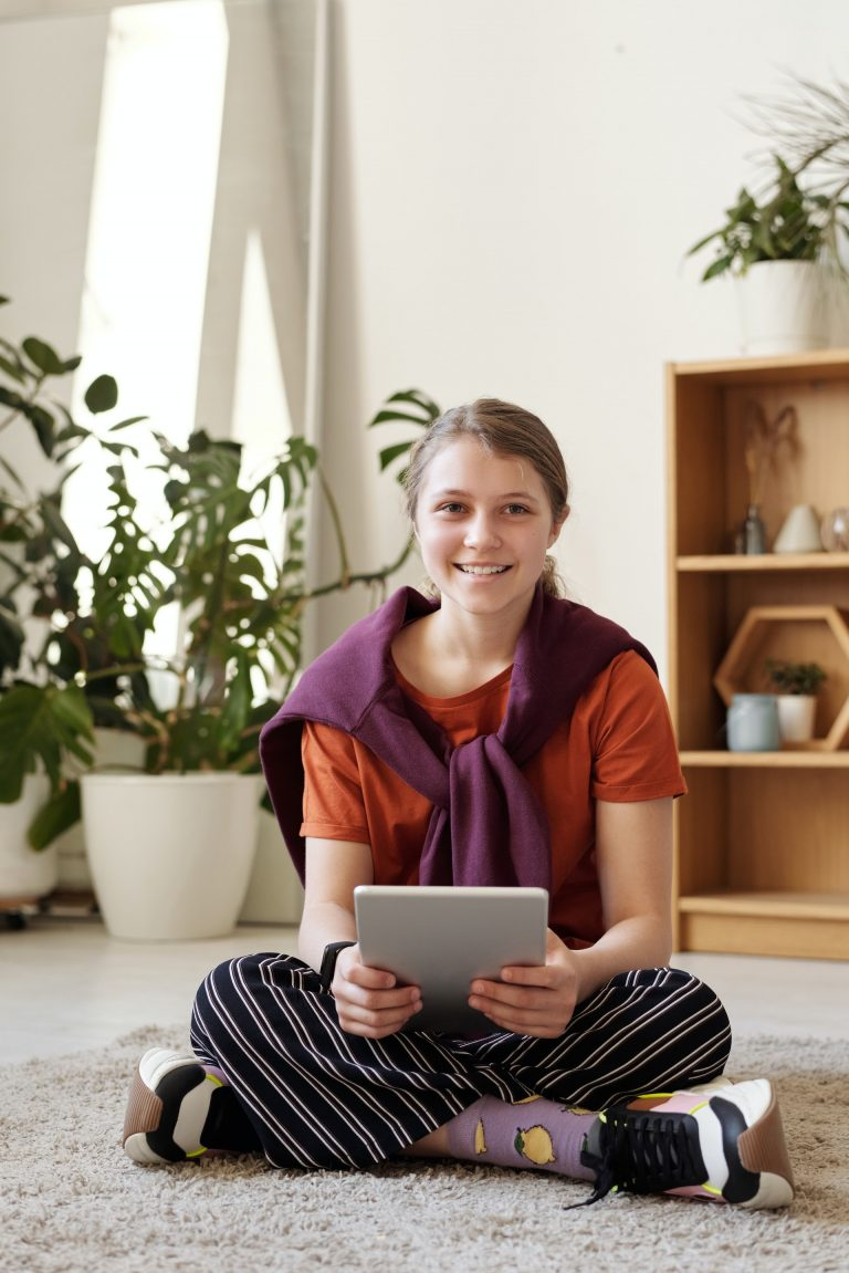 Volunteer from your home with Conversations to Remember